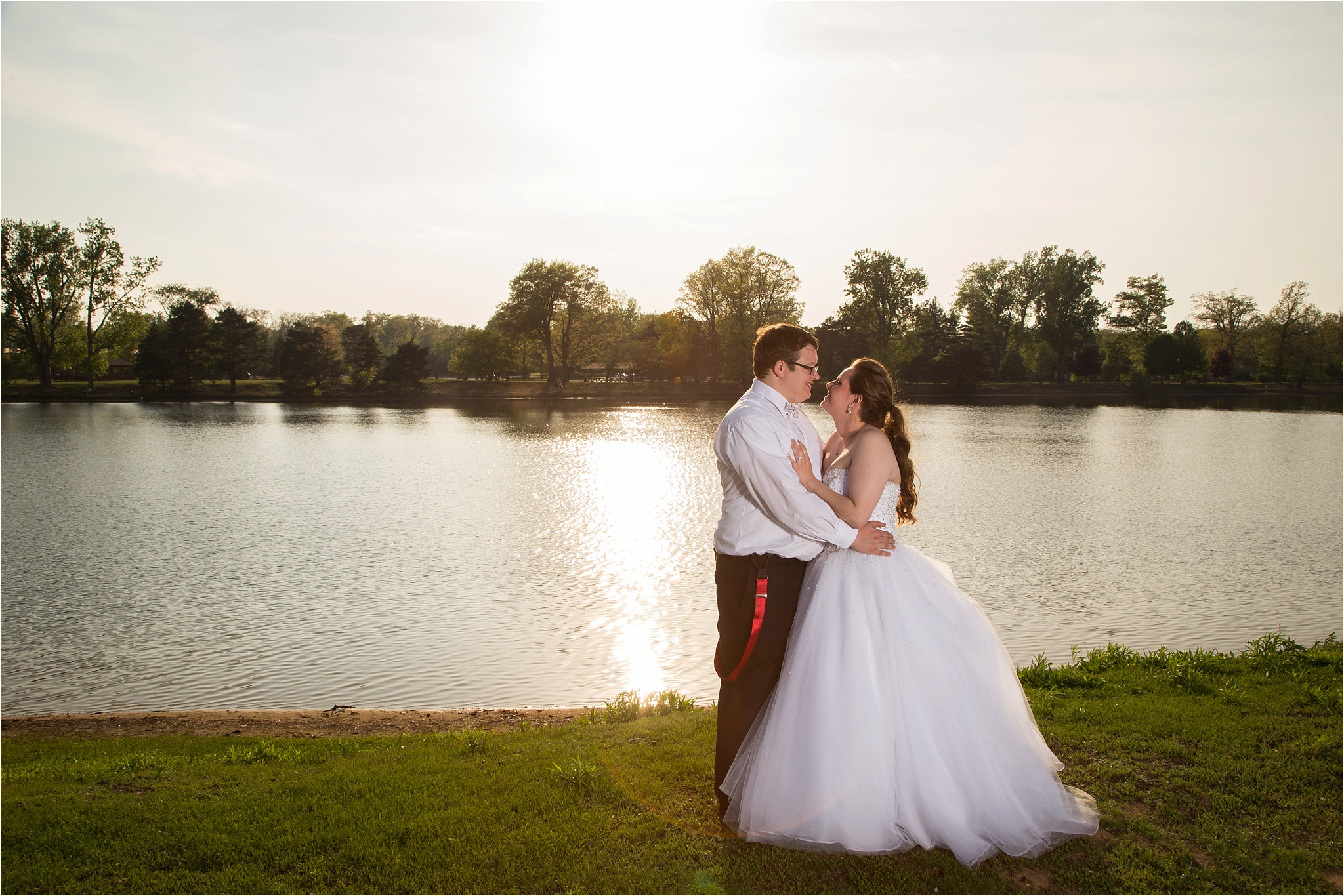 Steven & Andi | A 50\'s Themed Picnic Wedding in Toledo, OH – Kent ...